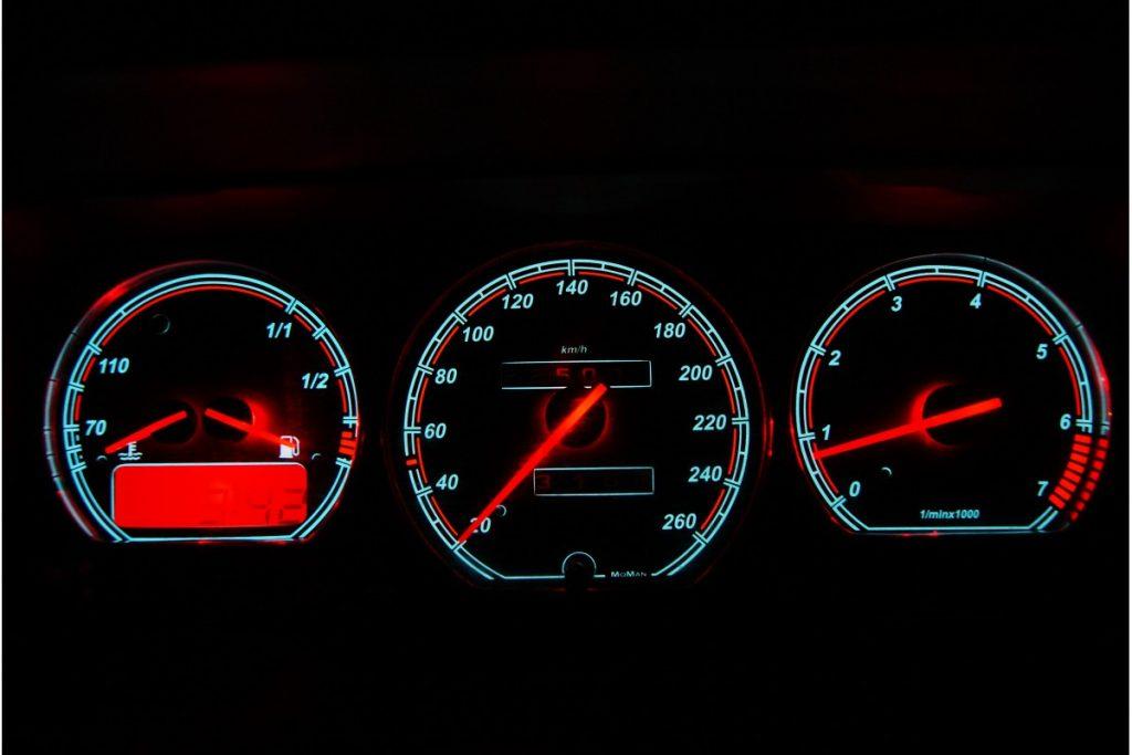 VW Corrado – Indiglo Tellerplaten III